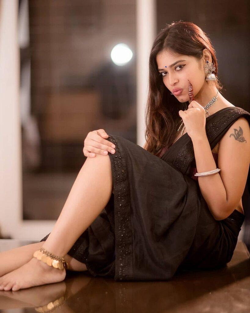 Dharsha Gupta 17