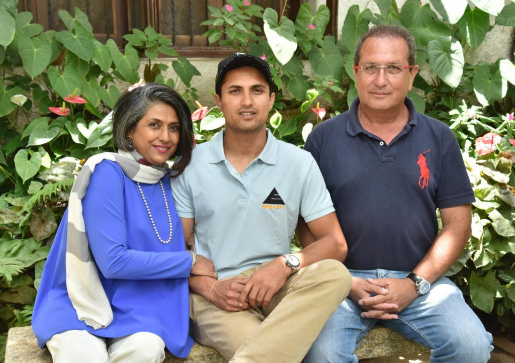 Fouaad Mirza with his Parents
