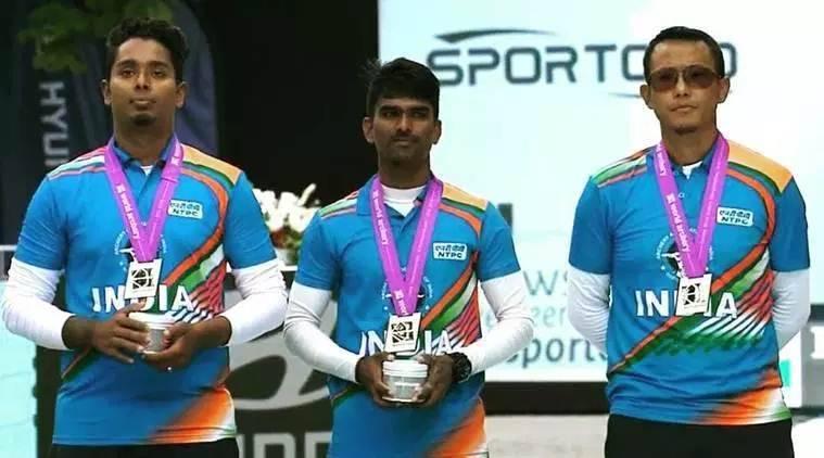 Pravin Jadhav with Tarundeep Rai and Atanu Das