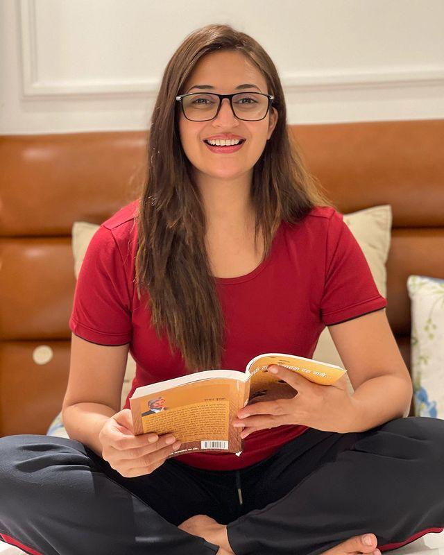 Actress Divyanka