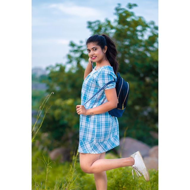 Actress Rithu Chowdary