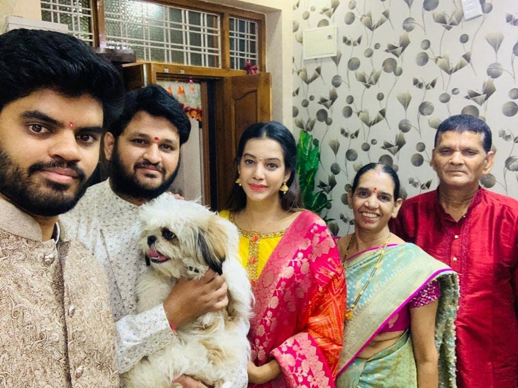 Diksha Panth Family